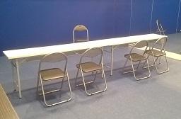 池袋 レンタルスタジオ では 机 椅子 が 無料 で使えます。
